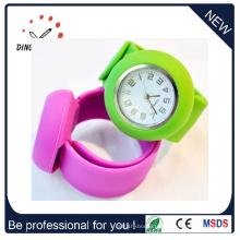 Montre de claquement de bracelet de quartz de bracelet de silicone de mode (DC-083)