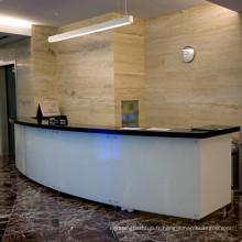 Comptoir de réception en marbre