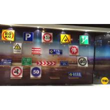 Señal de tráfico reflectante de aluminio para advertencia de seguridad vial