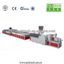 WPC PVC puerta de plástico que hace la máquina