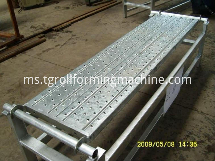 Scaffolding Walk Machine