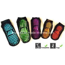 Vente chaude antidérapante chaussettes chaussettes de Yoga Trampoline chaussettes