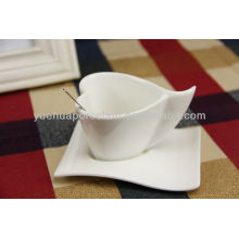 white porcelain heart shape ceramic coffee cup