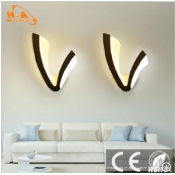 Lâmpada de parede bonita em forma de V necessária da iluminação da sala das crianças