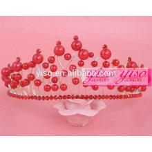 Coroa de pérolas coloridas