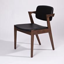 Drewniana rama z prawdziwej skóry Kai Kristiansen Krzesło do jadalni