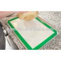 Tapis de séchage en silicone propre et facile à usiner Reutilisable FDA Grade Grill et fibre de verre Custom Non-Stick silicone résistant à la chaleur matelas