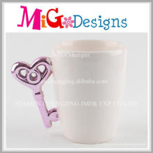 Wholesale New Arrival Key Shape Ceramic Coffee Mug