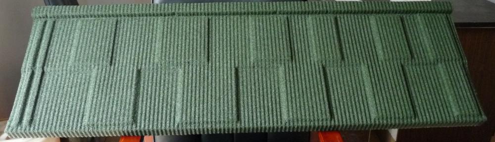 Acero piedra tejas que hace la máquina