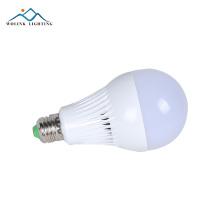 La muestra recargable ahorro de energía de la muestra gratuita ac85-265v smd2835 12w 15w 18w llevó el bulbo