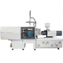 Máquina de moldeo por inyección para toma de corriente eléctrica