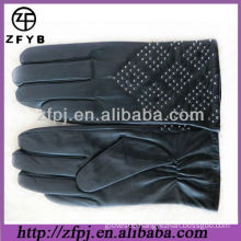 2013 new design rivet style leather glove