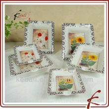 Cenicero de cerámica con diseño de flores