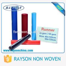 Foshan Ruixin umweltfreundliche Polypropylen-nichtgewebte Tischdecke-Rolle