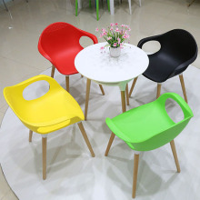 Wholesale Price for Stainless Steel Legs Dining Chair Eames Wooden Base Dining Room Elephant Chair supply to Spain Factories