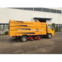 Camion de balayeuse de route de vide de DongFeng 4x2 avec le balayage de route, aspiration de la poussière, fonctions de pulvérisation de l'eau