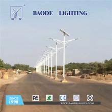 7-10m 60W LED Lithium batterie solaire réverbère