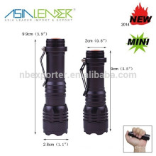 2015 hot selling XPE ampoule télescope zoom mini led lanterne