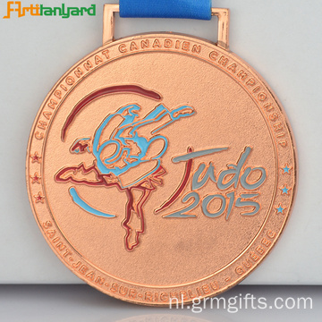 Custom Diecast Medals door Gold Plating