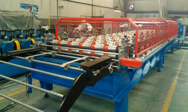Tile panel machine