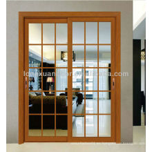 Puerta corredera de aluminio, puerta de fibra de vidrio con diseño contemporáneo de parrilla