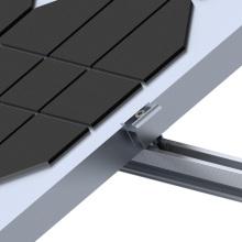 Paneles solares del techo plano concreto de la planta de energía solar montaje del triángulo