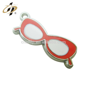 New Professional Cheap Customized Promotional Glasses metal charms and pendants