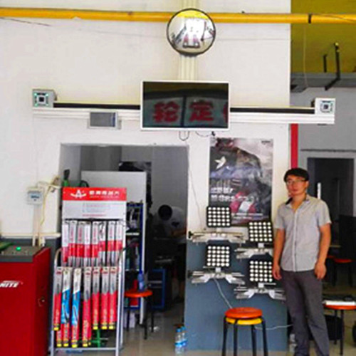 Equipment for Tyre Wheel Aligner