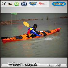 2016 New Style Sea Kayak Fast Speed Sit dans un kayak simple avec le gouvernail