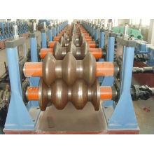 Fabricación de Máquinas para conformar rollos de barandillas de autopistas