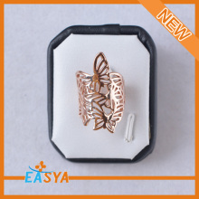 Butterfly Shape Hollow Out Alloy Ring , Gold Ring Designs For Girls Sister 2014