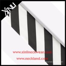 Top qualité cravate en soie Stripe tissu noir et blanc