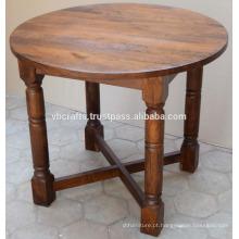 Mesa de jantar de rodapé de madeira Mango