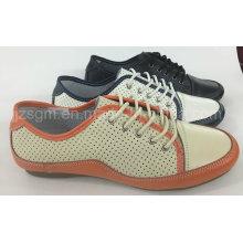 Zapatos ligeros de la mujer de Brogue del cordón de la manera ligera