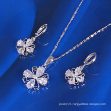Xuping Lucky Clover Jewelry Set (61179)