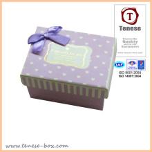 Boîte cadeau en carton / Boîte cadeau délicate avec ruban