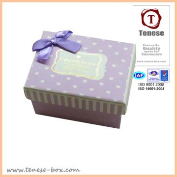 Caixa de embalagem de papelão / Caixa de presente delicada com fita