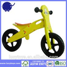 Bicicleta de treinamento de equilíbrio de madeira para crianças