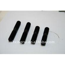 Высокопрочные двухсторонние шпильки для напорного трубопровода черного цвета 35CrMo