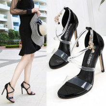 2021 new high-heeled women's shoes, fashionable European and American stiletto sandals, large size high-heeled women's shoes