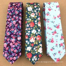 Benutzerdefinierte handgedruckte Private Label Mens Silk Blumen Krawatte