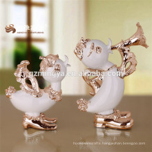 Hot selling high quality resin duck figurines resin desktop home decor resina sculpture