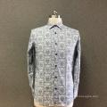 Cinza de algodão dos homens impressa camisa de mangas compridas