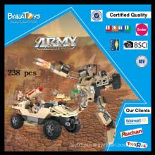 Os brinquedos educacionais eletrônicos os mais vendidos para os veículos militares das crianças e o carro de bloco do edifício do robô