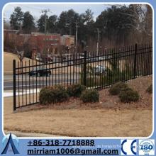 Heißer Verkauf schwarzer Puder beschichteter Stahlsteigung Zaun mit Speer-Oberseiten Hangzaun für Verkauf