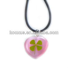 luminous acrylic colorful lucky four leaf clover necklace with heart shape