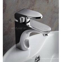 Durable Single Handle misturador de lavatório de torneira de água de bronze (QH3038)