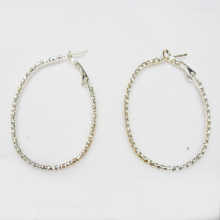 Fashion simple metal hoop earrings for woman,oval shaped, 33 x 50mm in outer diameter, rhodium plating, factory wholesale price