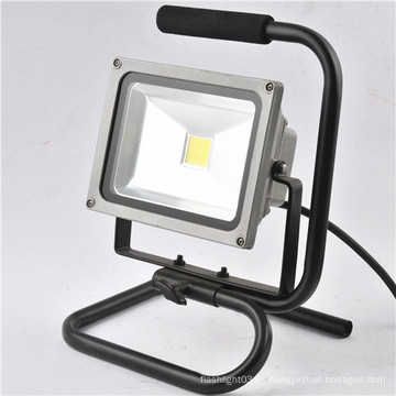 Luz de trabajo recargable LED de alta potencia de 20W