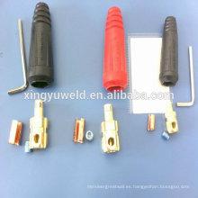 Conector de cable / toma de corriente